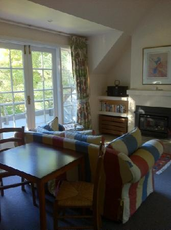 Parklands Country Gardens and Lodges: Sitting Area
