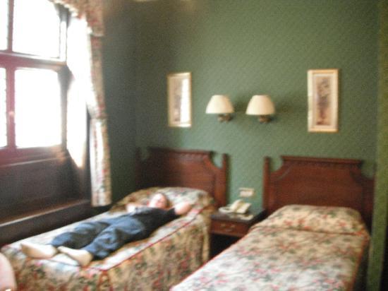 Westland Hotel : Beds