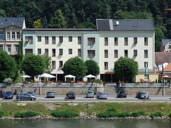 Elbhotel Bad Schandau : Hotelansicht