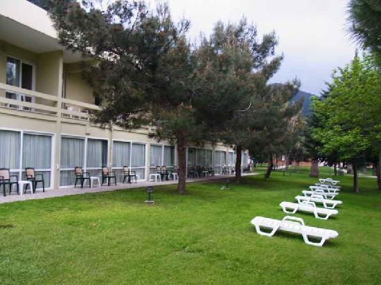 Balcova Termal Otel: Balçova Termal Otel Türkey hotel gardenIzmir