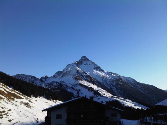 Sporthotel Steffisalp: morning view...