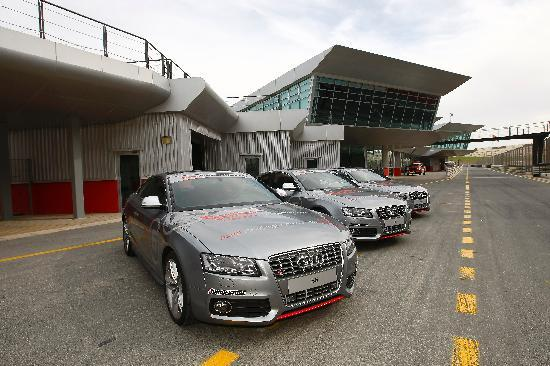 Dubai Autodrome : Audi's