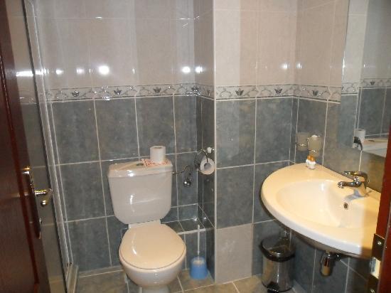 Yavor Palace: Bathroom