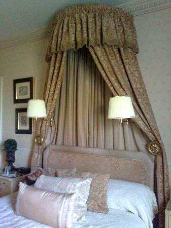 Colindale Guest House : My bedroom 1