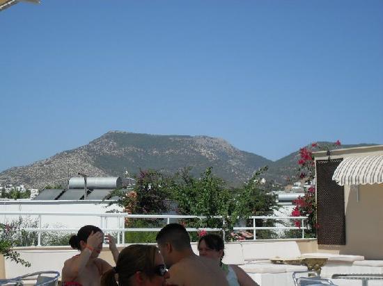 Eken Resort Hotel: terrasse