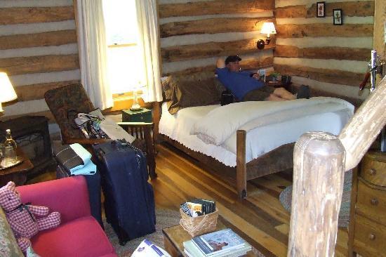 The Mast Farm Inn: Blacksmith Cabin