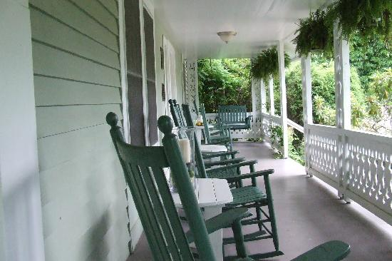 The Mast Farm Inn: The cool of the Front Porch