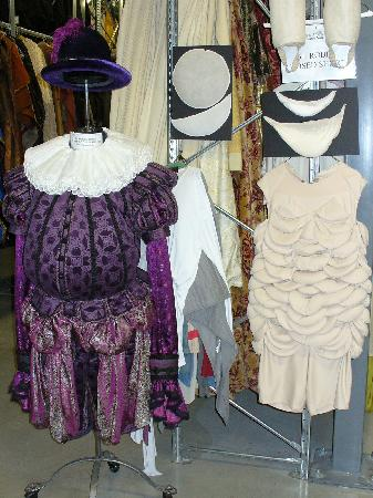 Stratford, Canada: Costume Warehouse Tour
