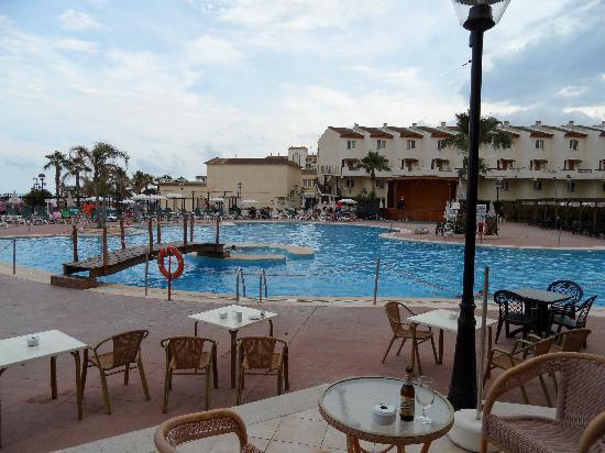 Hotel & Spa Peniscola Plaza Suites: dispones de 4 cafeterias para tomarte algo y muy tranquilo