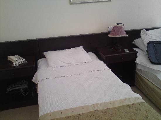 Kapmar Hotel: Our hotel room