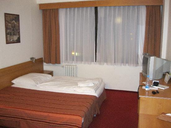Globus : hotel-room