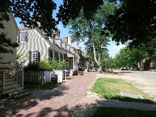 Colonial Houses-Colonial Williamsburg: Colonial Williamsburg