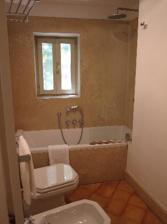 Hotel San Pancrazio: Nice bathroom