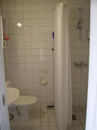 Clarion Collection Hotel Grand: bathroom