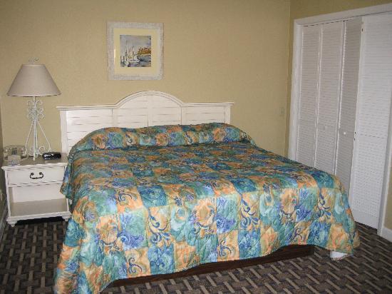 Wyndham Newport Overlook: Master Bedroom