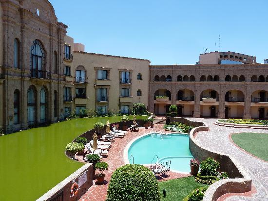 Hilton San Luis Potosi: Hotel Pool