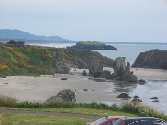 Bandon Beach Motel: View from Motel
