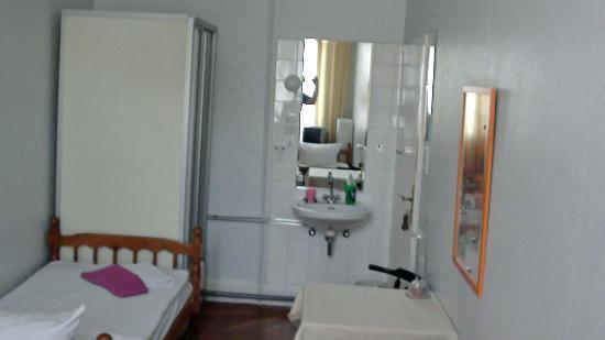 Hotel Pension Insel Rügen: Im Hotelzimmer 412 Nichtraucher