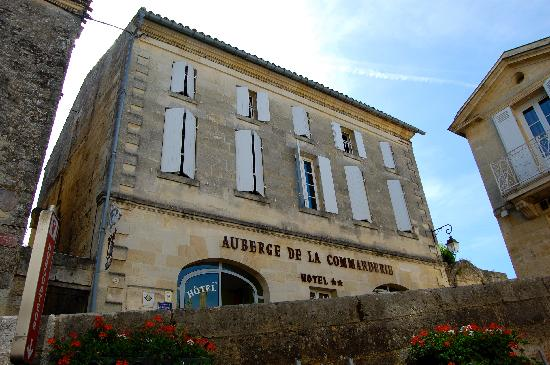 Auberge de la Commanderie: front of the auberge