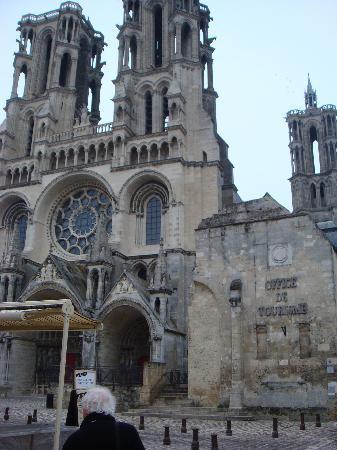 Hotel de la Banniere de France : the Cathedral