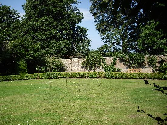 Chatton Park House: Gardens At Chatton Park