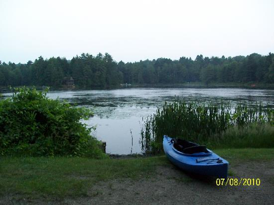 Half Moon State Park: Lakefront site - kyaks or canoes are a MUST.