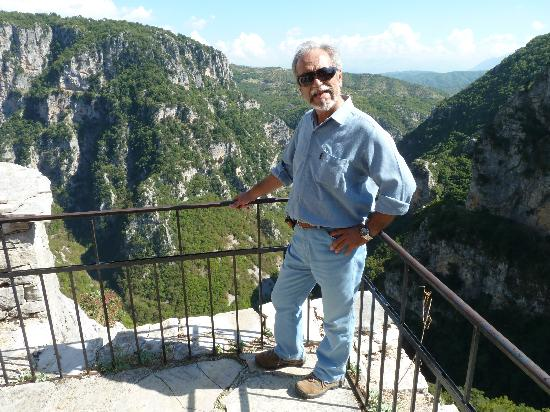 Piraeus, Greece: Manos in Meteora