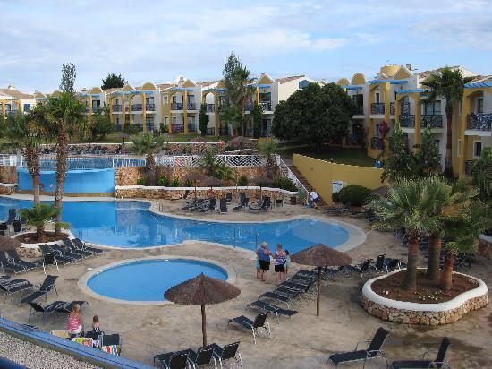 Aparthotel Paradise Club & Spa : our pool view