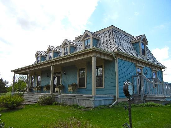 Barachois Inn: New MacDonald House
