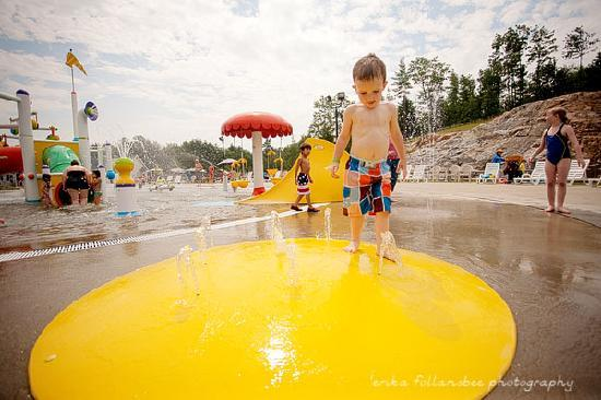Liquid Planet Water Park : sprayground at Liquid Planet