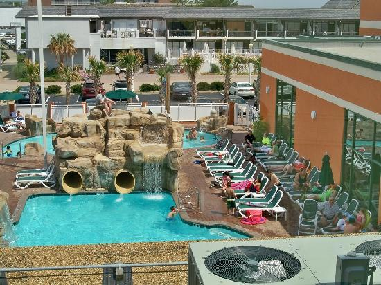 Holiday Inn & Suites North Beach : Fun pool area