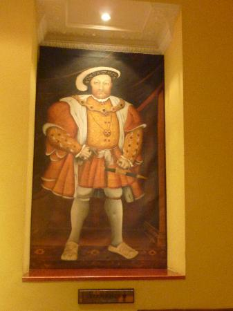 Henry VIII Hotel : King Henry himself!