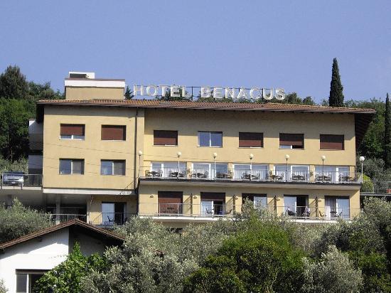 Panoramic Hotel Benacus : The Hotel Benacus, Riva Del Garda