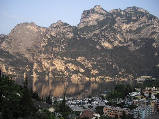 Panoramic Hotel Benacus : The view of Riva from the Benacus
