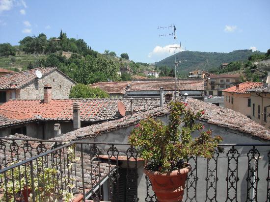 Albergo Giovanni da Verrazzano : Balcony view