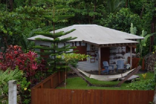 Pagua Bay House Oceanfront Cabanas : Pagua Bay Cabana #4 Outside
