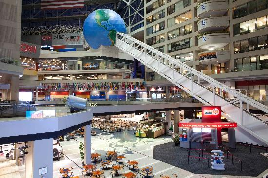 CNN Studio Tours: Welcome to the World Headquarters of CNN!