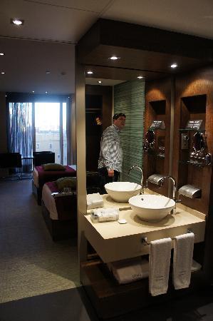 Olivia Plaza Hotel: Room 1