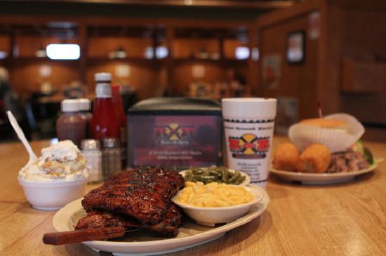 Concord, NC: R&R BBQ