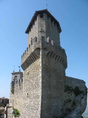 Saint-Marin : Castle 3