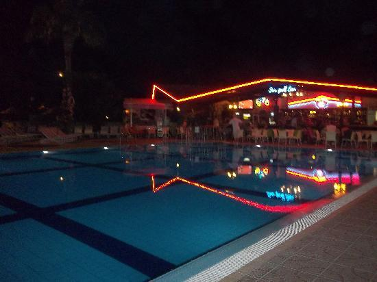 Club Turquoise: View from Restaurant at night