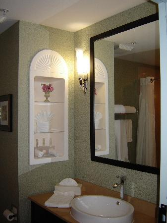 Holiday Inn Express & Suites Warminster - Horsham: Clean an Elegant