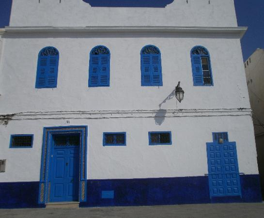 Asilah, beside medina
