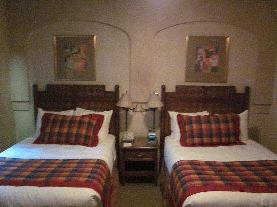 Casablanca Hotel by Library Hotel Collection: Mini suite