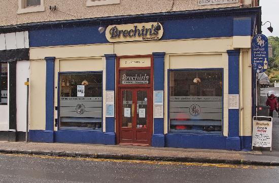 brechin 39 s on bridgend street rothesay restaurant. Black Bedroom Furniture Sets. Home Design Ideas