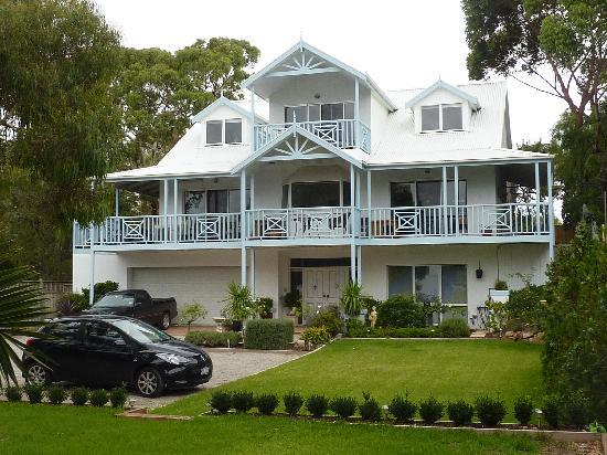Silver Waters Bed & Breakfast: A fabulous place to stay