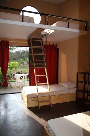 Cada luna..Cabinas : Rooms with 4 bed individual