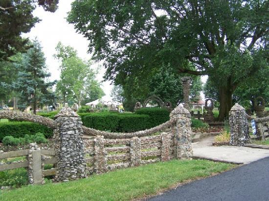 Rockome Gardens : historic entryway
