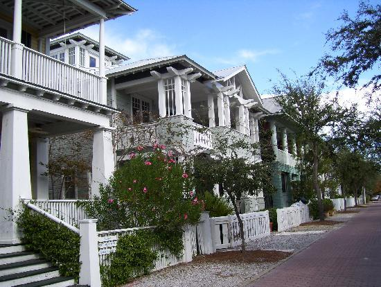 quaint town picture of seaside florida panhandle