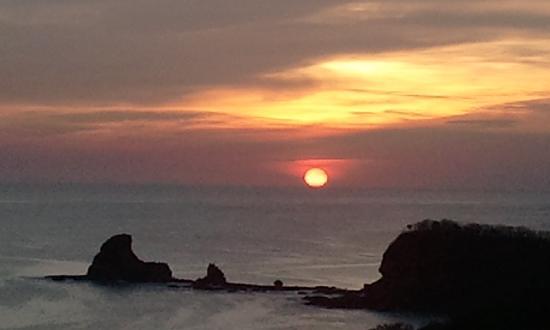 Mango Rosa Nicaragua: sunset